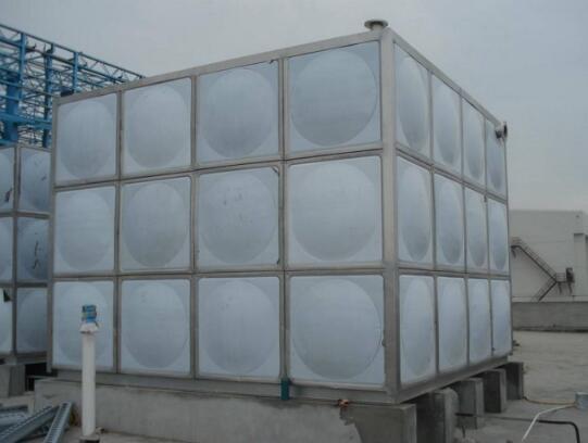 青海不锈钢水箱价格