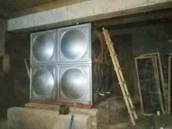 海东不锈钢水箱安装